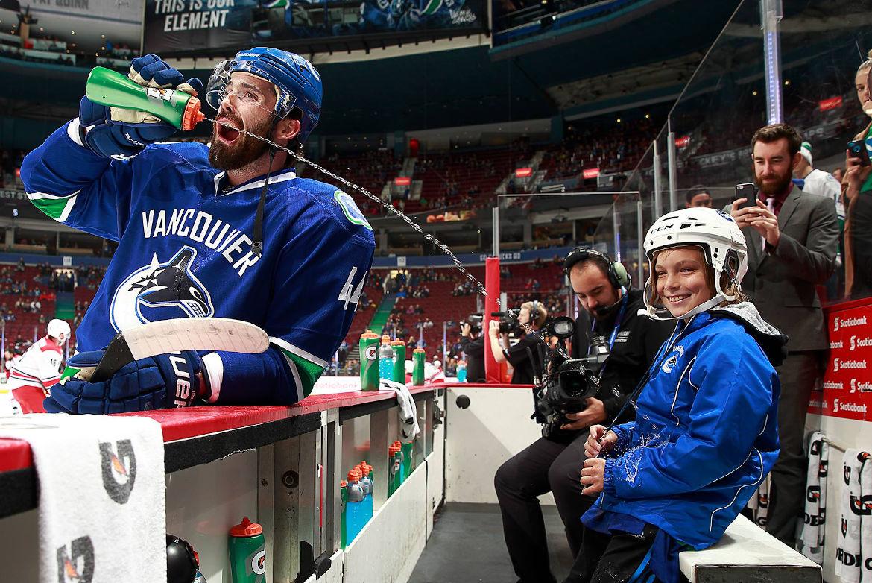 Speciella stunder: Humorn som tog död på NHL 2002
